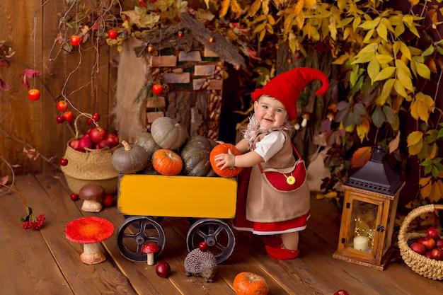Joyeux conte de fées petite fille de gnome