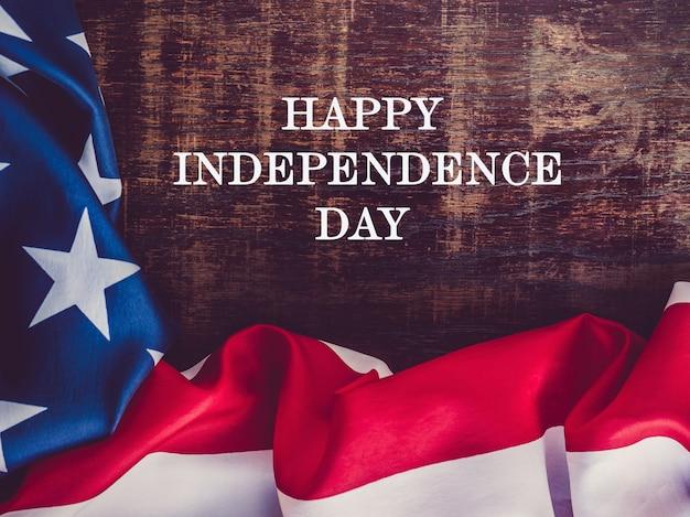 Joyeux jour de l'indépendance. belle carte de voeux.