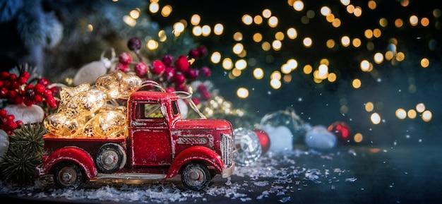 Joyeux noël et bonne année, carte de voeux de vacances avec arrière-plan flou flou