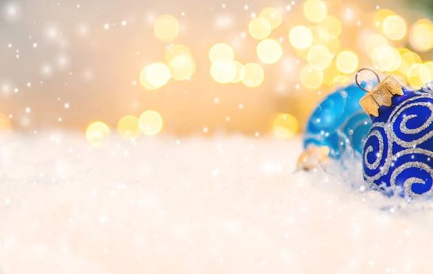 Joyeux noël et bonne année, fond de carte de voeux de vacances. mise au point sélective.