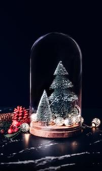 Joyeux Noël Avec L'icône De Boîte De Gui Et Cadeau Photo Premium