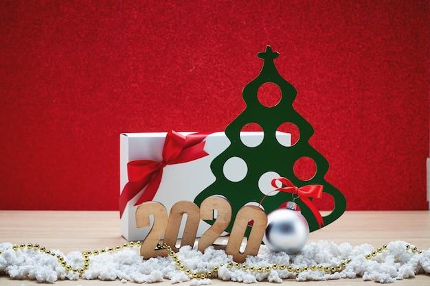 Joyeux nouvel an 2020 noël avec des décorations de fête