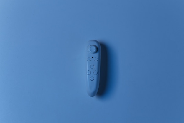 Joystick moderne en néon bleu. vue de dessus