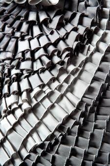Jupe à volants gris texture plissée