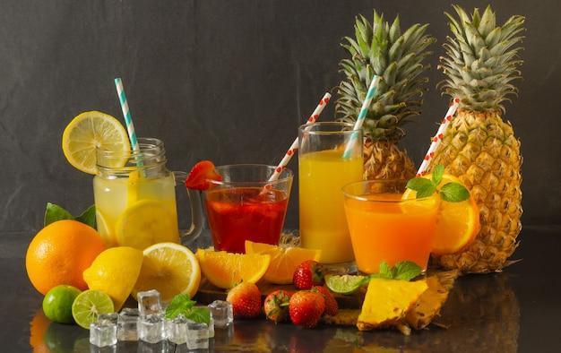 Jus de fruits aux fruits