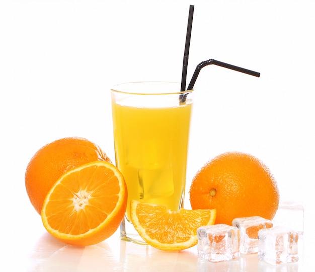 Jus d'orange frais et froid