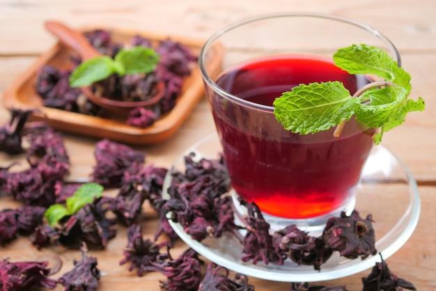 Jus de roselle frais (boisson saine)