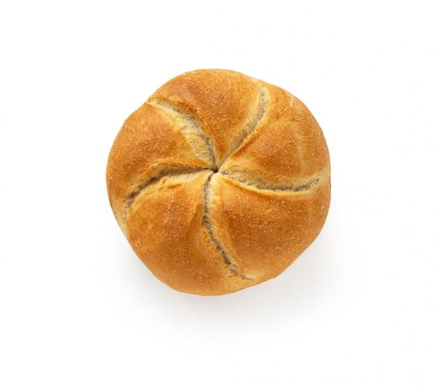 Kaiser roll pain frais isolé sur fond blanc