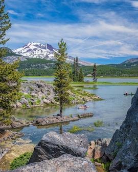 Kayakistes sur le lac sparks