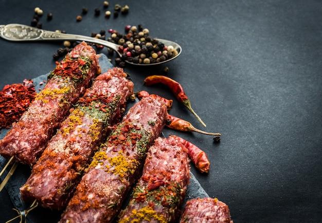 Kebab cru aux épices