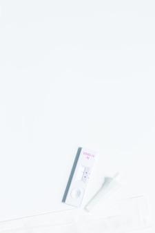 Kit d'autotest rapide d'antigène pour le diagnostic covid19 à domicile avec écouvillonnage nasal