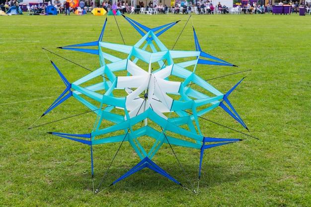 Kite festival.kite sur le terrain