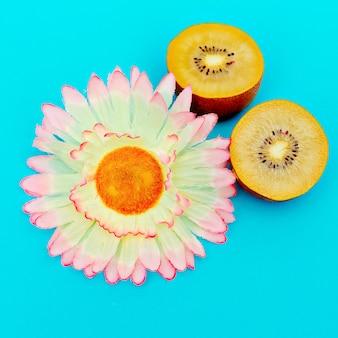 Kiwi et fleurs design de style minimal