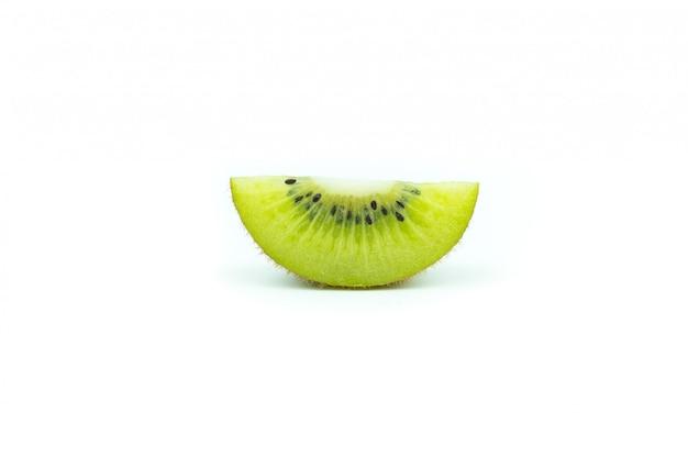 Kiwi et ses tranches de segments isolés on white