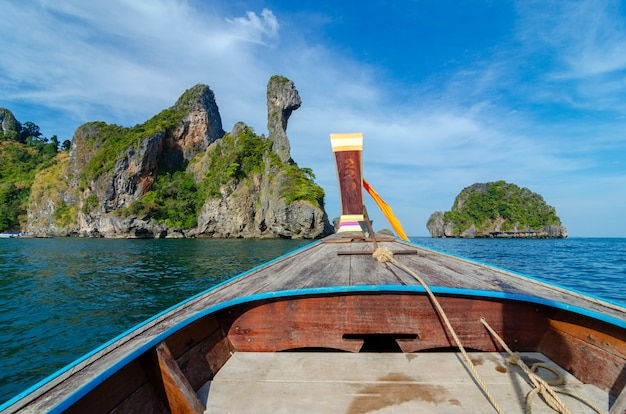 Koh kai bateau en bois krabi thaïlande