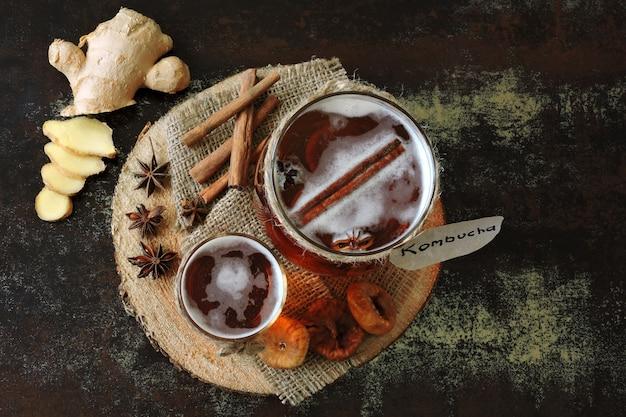 Kombucha de boisson fermentée saine