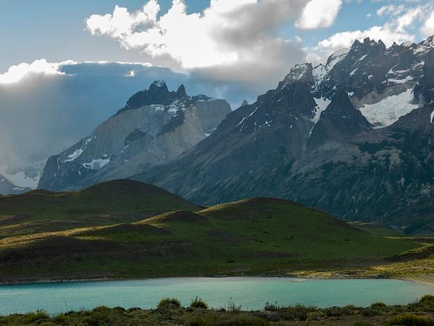 Lac nordenskjold, parc national de torres del paine, patagonie, chili