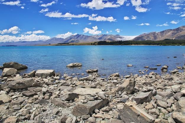 Lac tekapo à south island, nouvelle zélande