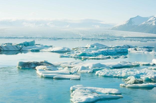 Lagune glaciaire de fond de nature en islande