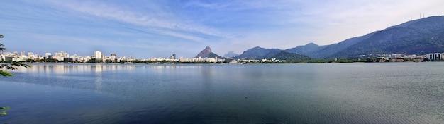 Lagune rodrigo de freitas à rio de janeiro, brésil