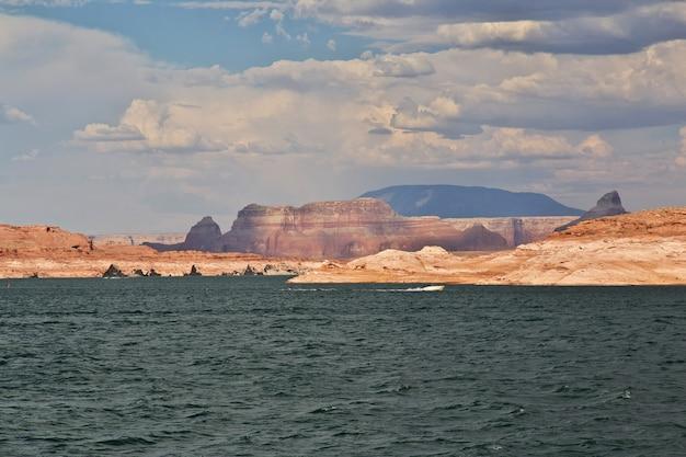Lake powell en arizona, paige, états-unis