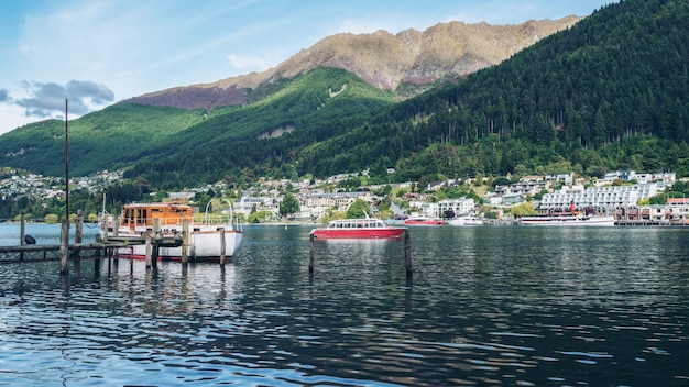 Lakefront de queenstown city, nouvelle-zélande