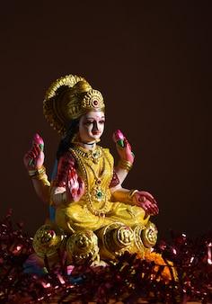 Lakshmi - déesse hindoue, déesse lakshmi. déesse lakshmi pendant la célébration de diwali. festival de la lumière hindoue indienne appelé diwali