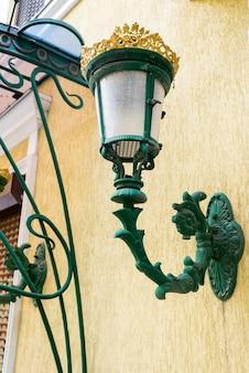 Lampadaires muraux