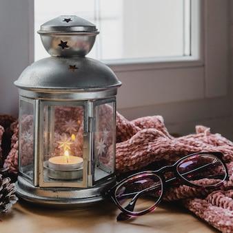 Lampe frontale avec bougie et verres