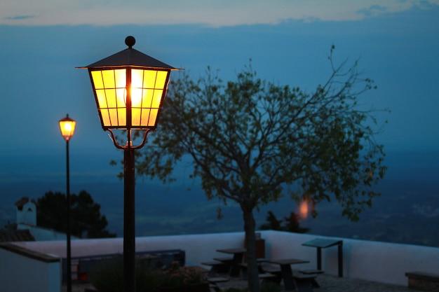 Lampe le soir