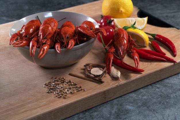 Langouste ou bébé homard
