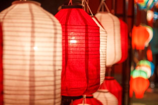 Lanternes traditionnelles du japon.