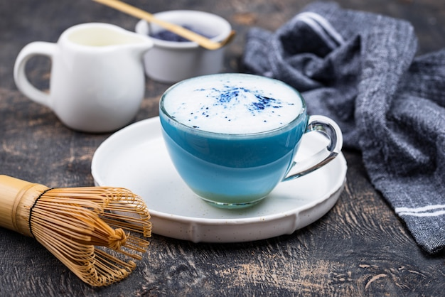 blue latte matcha