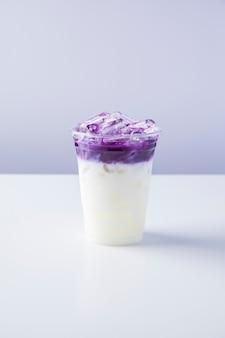 Latte glacé à la patate douce violette
