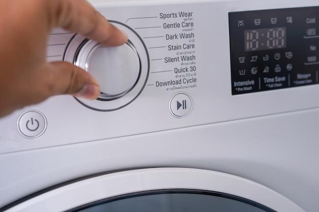 Lave-linge choix du programme sur machine à laver