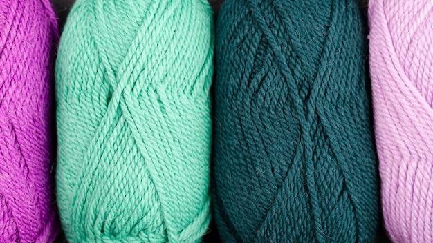 Lay plat de fil de laine de couleur