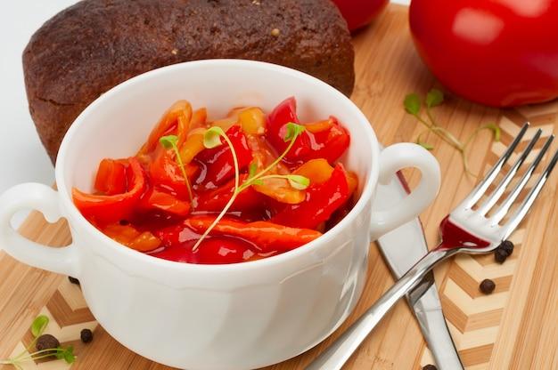 Lecho qui est un ragoût de légumes épais hongrois