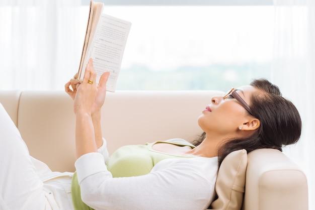 Lecture à la maison