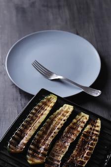 Légumes courgettes grillées