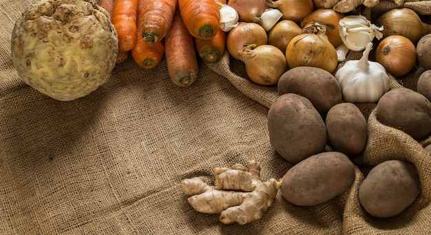 Légumes sur couverture