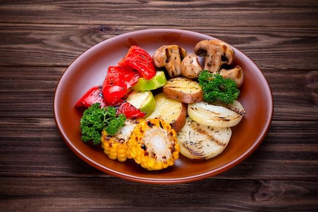 Légumes grillés aux épices et assaisonnements