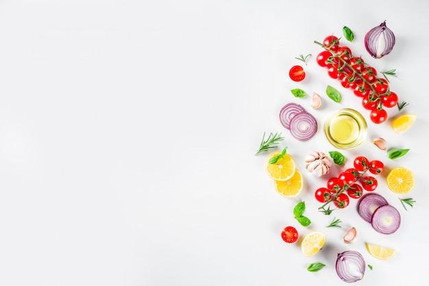 Légumes et herbes pour la cuisson, vue de dessus