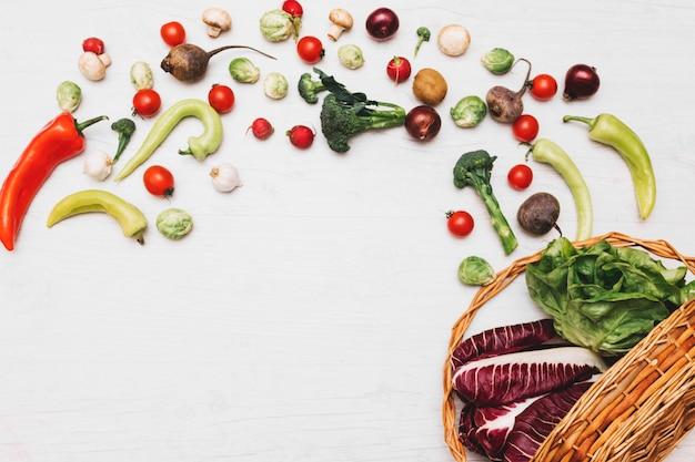 Légumes renversés du panier