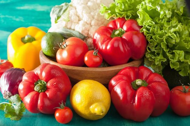 Légumes tomate poivron oignon chou-fleur laitue