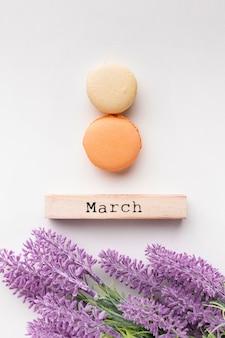 Lettrage du 8 mars sur fond blanc