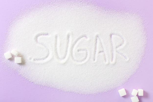 Lettrage de sucre sur le sucre