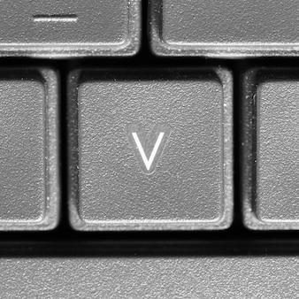 Lettre v sur clavier d'ordinateur