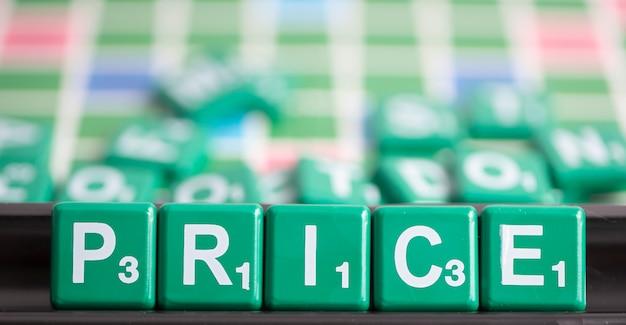La lettre verte scrabble est le mot orthographe prix.