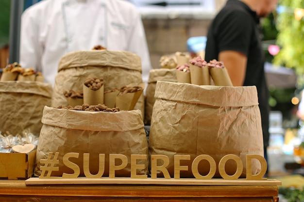 Lettres en bois: superfood