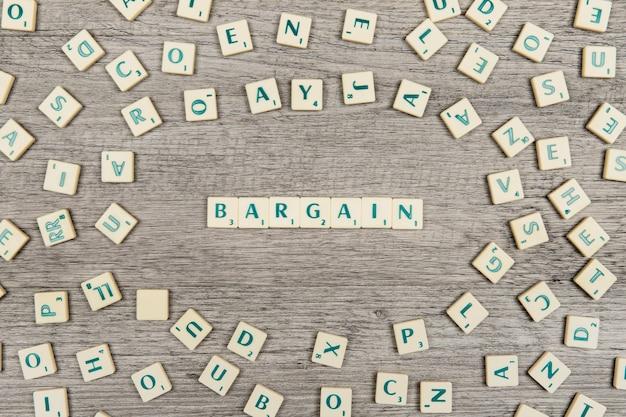 Lettres formant le mot bargain